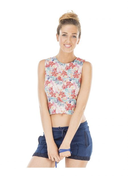 Picture Island top floral patern