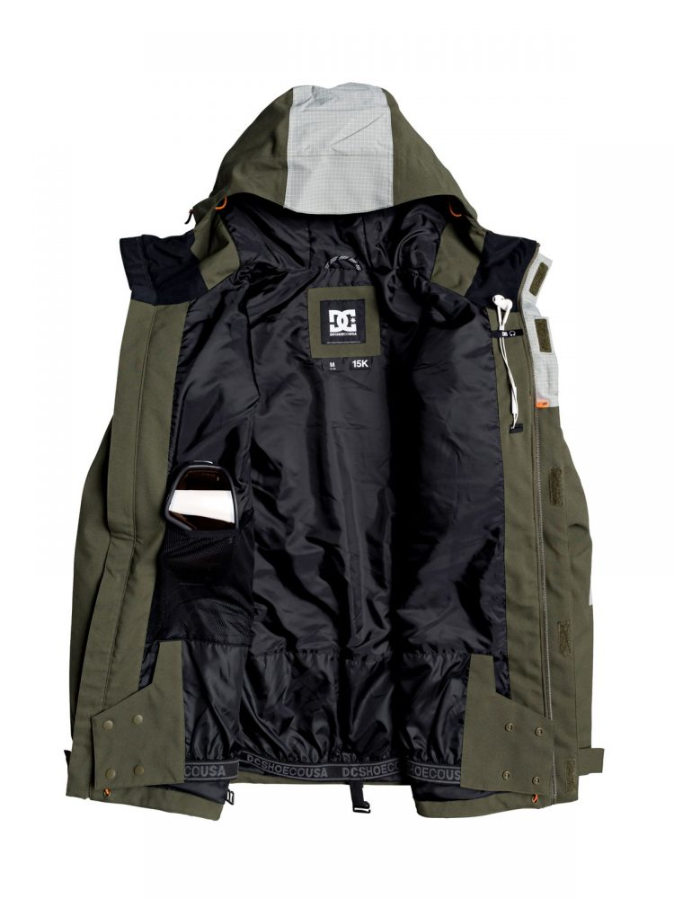 DC-Defiant-jacket-kaki-D-bestelonline-mountainlifestyle.nl